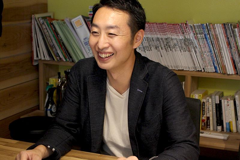 ライナ株式会社 代表取締役 小川 雅弘 様